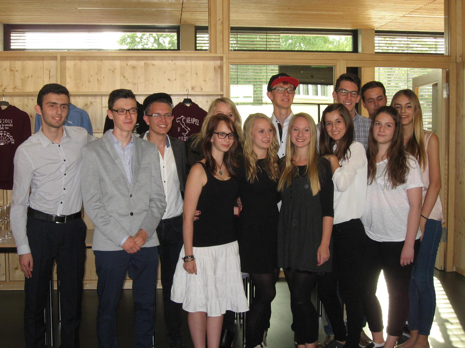 Schüler aus Kornwestheim spenden an CDV-Verein